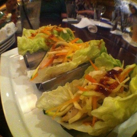 9/16/2012 tarihinde Hermanziyaretçi tarafından Urban Eatery'de çekilen fotoğraf