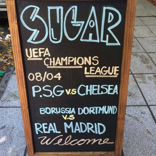 4/10/2014 tarihinde Sugar Barziyaretçi tarafından Sugar Bar'de çekilen fotoğraf