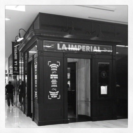 Foto tomada en La Imperial por Victor el 11/25/2012
