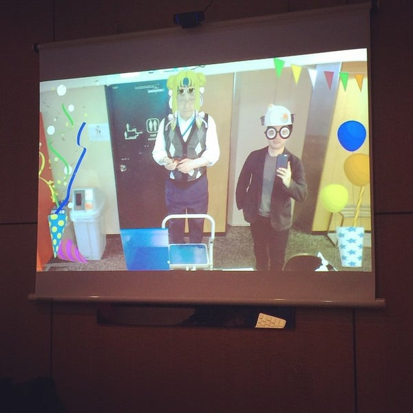 3/11/2015にMukkuがビィズ クロコ 本社で撮った写真