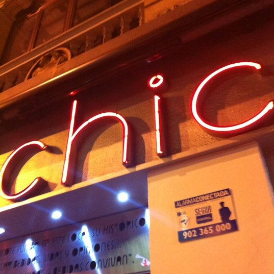 รูปภาพถ่ายที่ Museo Chicote โดย Juano M. เมื่อ 12/7/2012