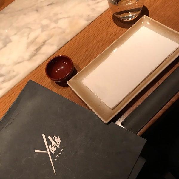 รูปภาพถ่ายที่ Yada Sushi โดย Pınar🍓 Z. เมื่อ 10/31/2018