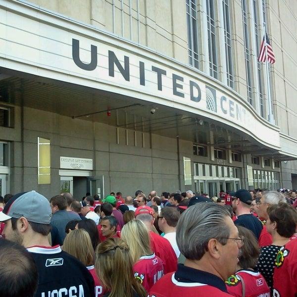 รูปภาพถ่ายที่ United Center โดย Emily เมื่อ 5/18/2013
