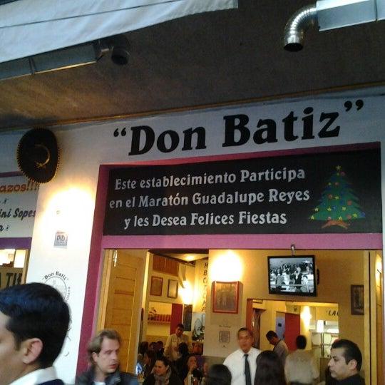 Foto scattata a Surtidora Don Batiz da Guillermo B. il 1/12/2013