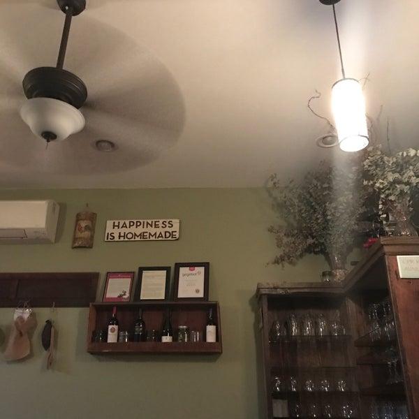 10/1/2016에 Evan Z.님이 Casa Del Chef Bistro에서 찍은 사진