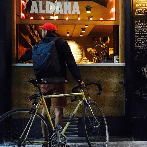 Photo prise au Jonny Aldana Bar par David C. le5/25/2016