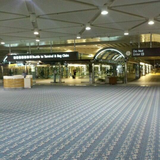 10/3/2012에 Renee W.님이 올랜도 국제공항 (MCO)에서 찍은 사진