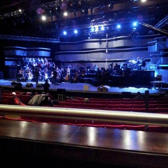 Das Foto wurde bei İstanbul Kongre Merkezi von İsa Ç. am 12/24/2012 aufgenommen