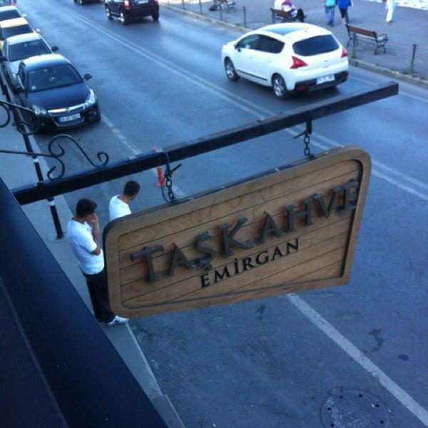 Foto tomada en Taş Kahve Cafe & Restaurant por Hakan el 5/25/2013