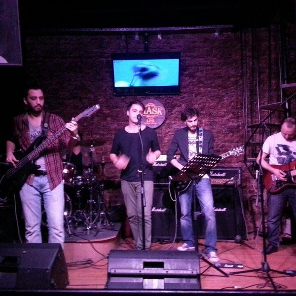 Foto diambil di Mask Live Music Club oleh Dgffcgbbv V. pada 3/31/2013
