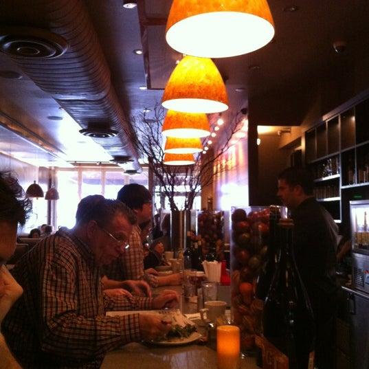 11/2/2012にValerie P.がSanfordsで撮った写真
