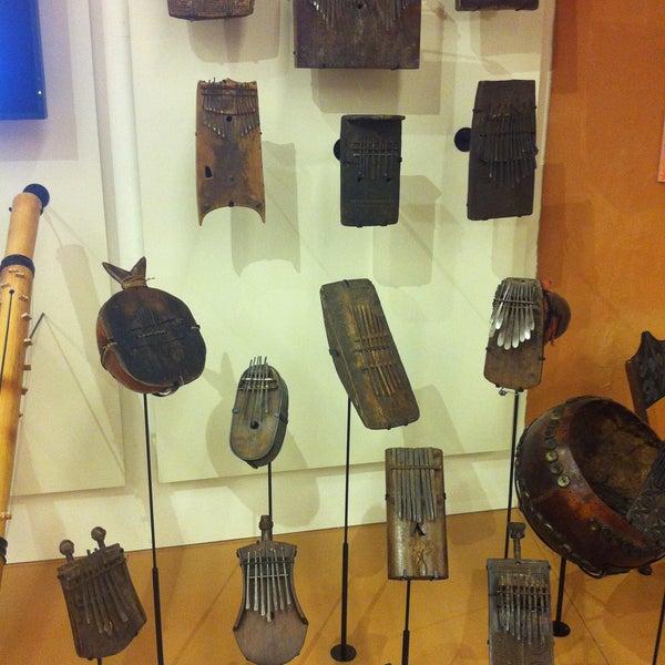 Photo prise au Musical Instrument Museum par Phil B. le4/20/2013