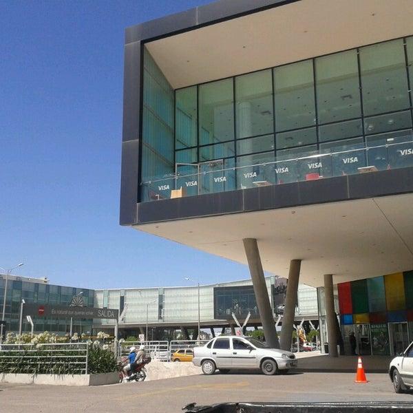 รูปภาพถ่ายที่ Costa Urbana Shopping โดย Sebastián D. เมื่อ 12/3/2013