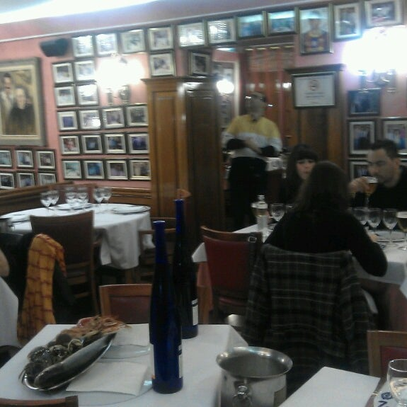 Das Foto wurde bei Restaurante Salamanca von Ирина Г. am 4/6/2013 aufgenommen