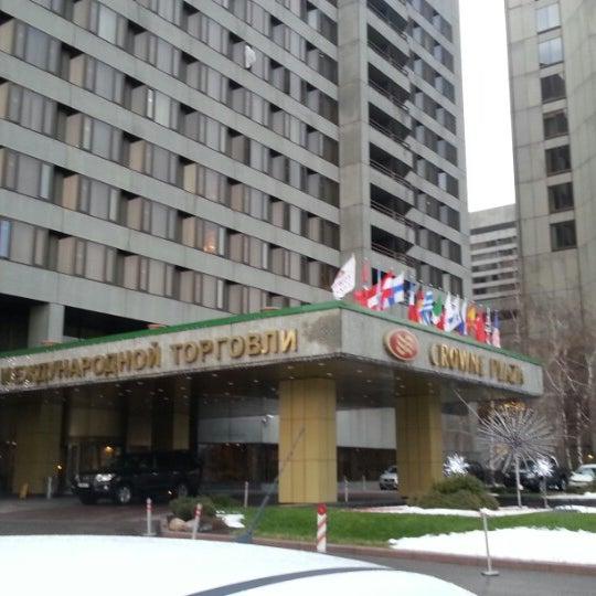 Снимок сделан в Crowne Plaza пользователем Юрий В. 12/2/2012