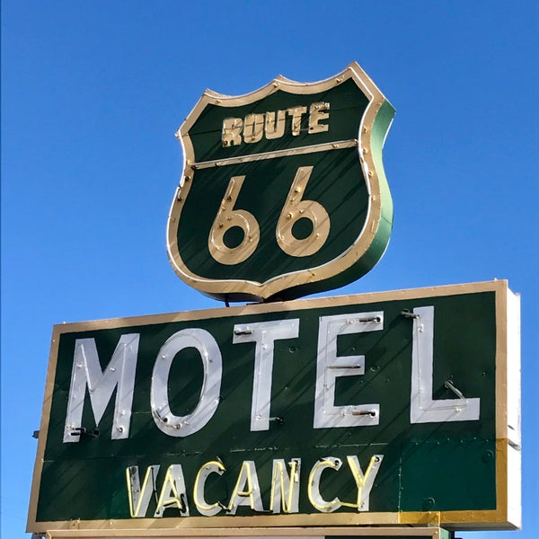 The property is filled with cool old vintage cars and some memorabilia. The owners list the opening of this motel as 1922, but I guessing it was renamed several times since the original opening.