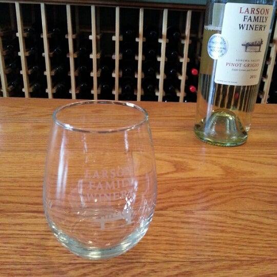 Das Foto wurde bei Larson Family Winery von B H. am 10/12/2012 aufgenommen