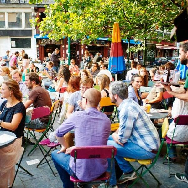 Foto scattata a Zebra Bar da Zebra Bar il 9/29/2013
