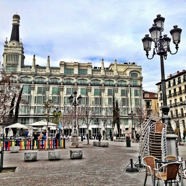 Plaza De Santa Ana Huertas 153 Tips