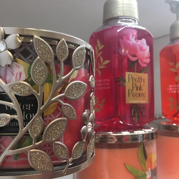 Bath & Body Works - Cosmetics Shop in Albany