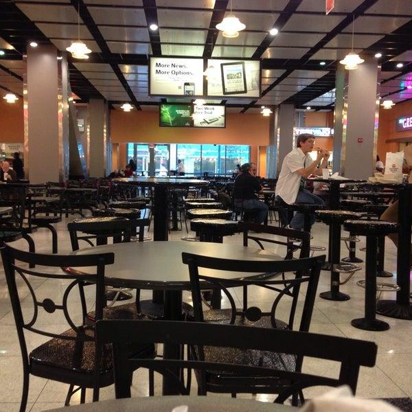 Ogilvie Food Court - Food Court in Chicago
