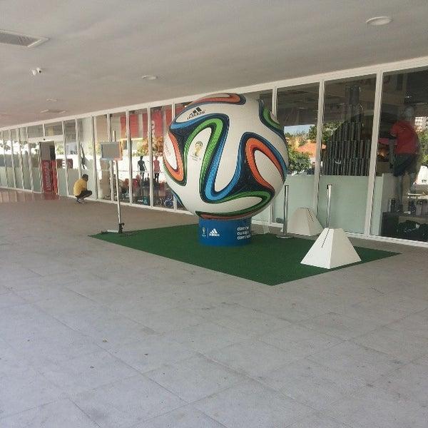 Centauro - Loja de Artigos Esportivos em Rio de Janeiro 841d948a3db38
