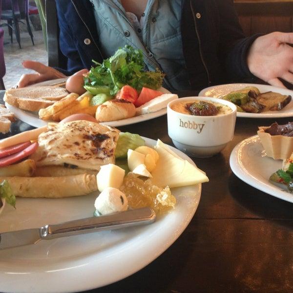 Снимок сделан в Hobby Cafe пользователем Buğra A. 12/29/2012