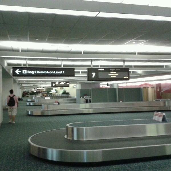 7/12/2013에 Aldo R.님이 올랜도 국제공항 (MCO)에서 찍은 사진