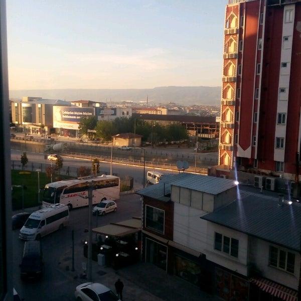 Foto scattata a Çimenoğlu Otel da MEVLÜT I. il 5/20/2017