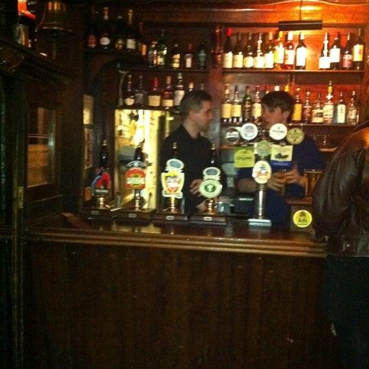 Foto scattata a Windsor Castle da Bar Exchange il 2/19/2012