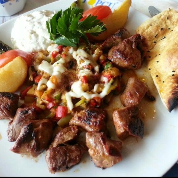 Foto diambil di Topçu Restaurant oleh Zehra pada 2/27/2013