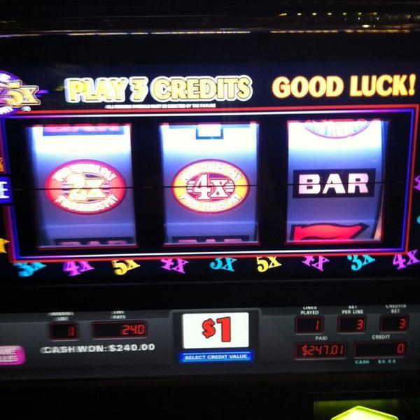 Foto scattata a Greektown Casino-Hotel da Bobby il 9/1/2013