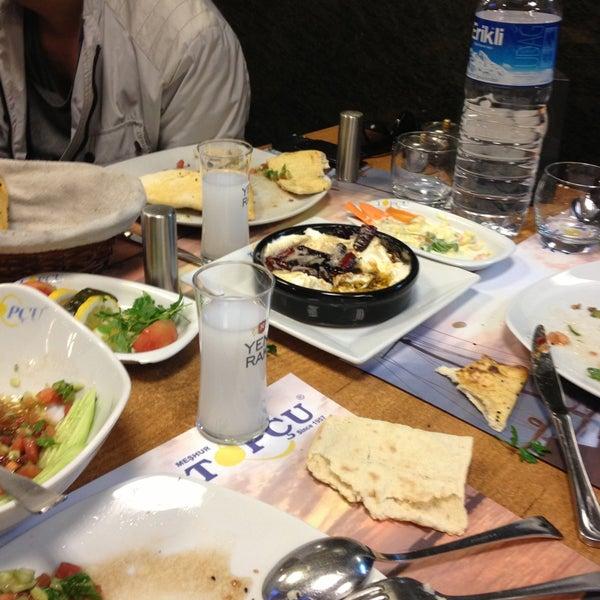 Foto diambil di Topçu Restaurant oleh Tuğaç pada 4/19/2013