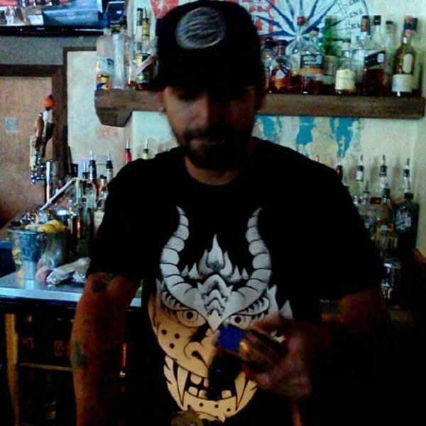 Das Foto wurde bei Dive Bar & Lounge von Bill S. am 9/16/2012 aufgenommen