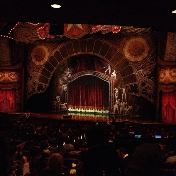 Foto diambil di Dolby Theatre oleh Mariah pada 12/29/2012