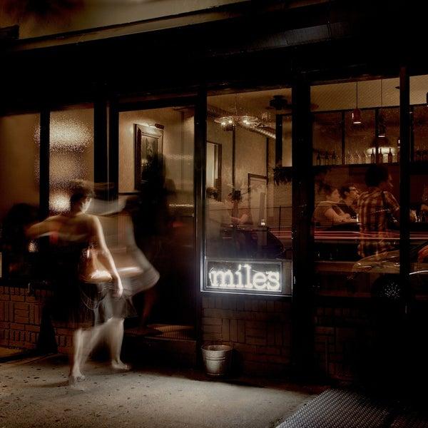 Foto tirada no(a) Miles por Miles em 12/22/2013
