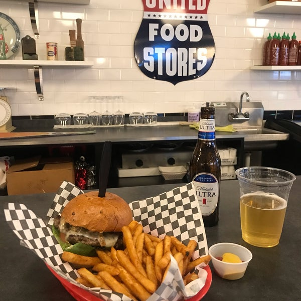 The Chipotle Burger is my go-to at Stanton's. Side of regular fries and an ice cold beer. Tip: tell cashier how you want it cooked, or well-cooked will be the default. Bon appetit!