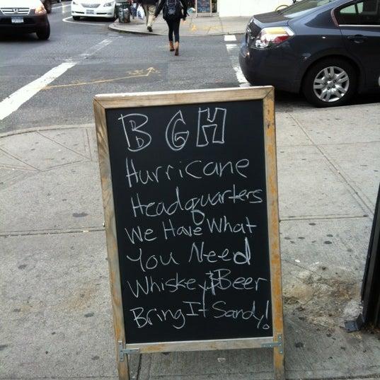 Photo prise au Bar Great Harry par Barbara O. le10/28/2012
