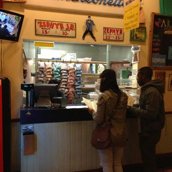 3/8/2013にWillがParkway Bakery & Tavernで撮った写真