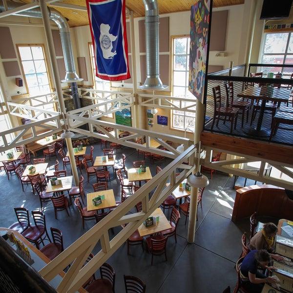 Das Foto wurde bei Snake River Brewery & Restaurant von Snake River Brewery & Restaurant am 12/27/2013 aufgenommen