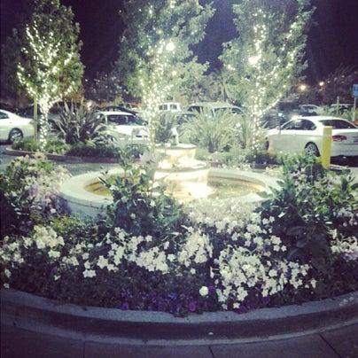Foto tomada en Hillsdale Shopping Center por Hillsdale Shopping Center el 7/8/2013