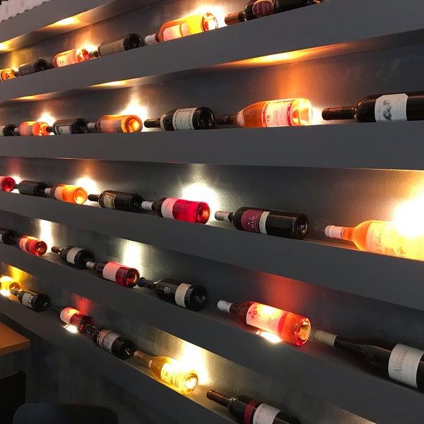 Foto diambil di Atelier Red & Wine oleh Martina K. pada 6/22/2019