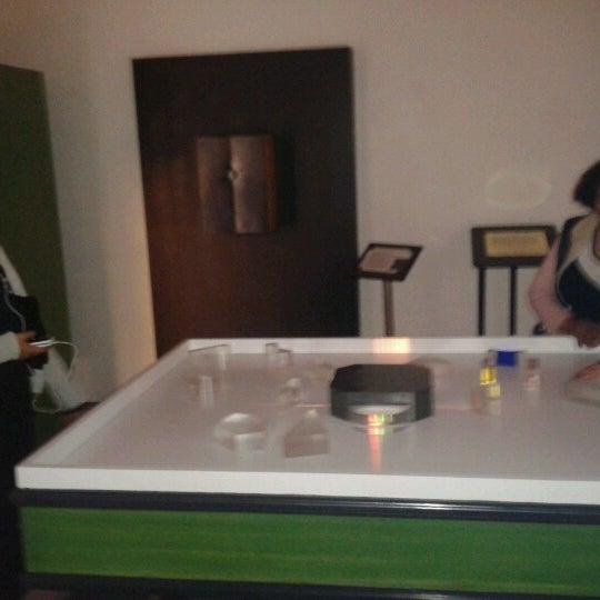Foto tomada en Museo de la Luz por Fer C. el 11/21/2012