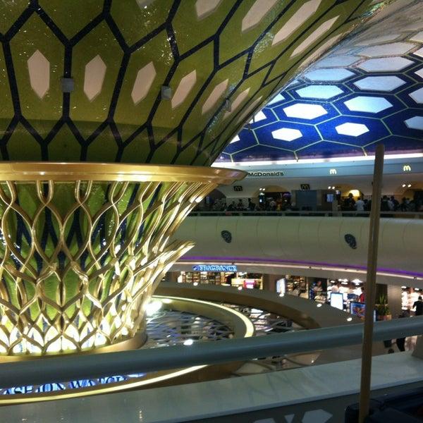 Photo prise au Abu Dhabi International Airport (AUH) par Cristo le7/1/2013