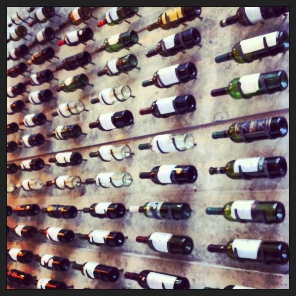 Foto diambil di My Suites Boutique Hotel & Wine Bar Montevideo oleh Ronise pada 9/11/2013