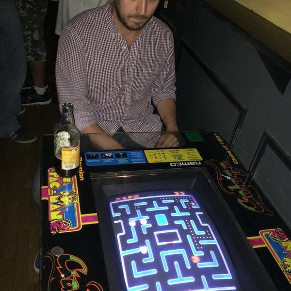 8/17/2014에 Jarod W.님이 The Monro Pub에서 찍은 사진