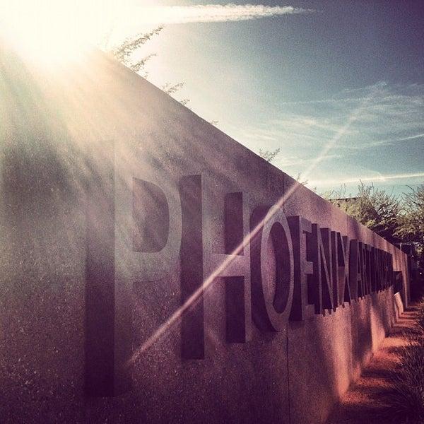 Снимок сделан в Phoenix Art Museum пользователем Jeremy 10/31/2012