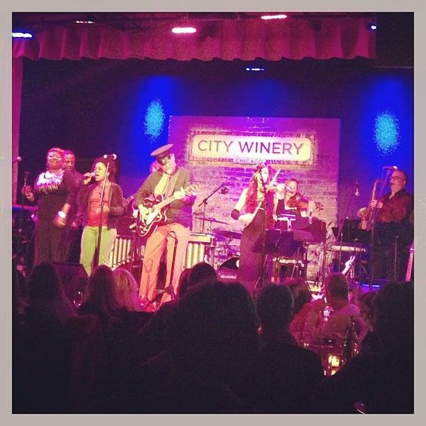 12/27/2012 tarihinde Elise M.ziyaretçi tarafından City Winery'de çekilen fotoğraf