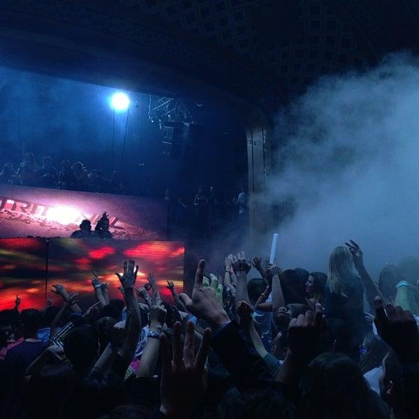 Photo prise au Opera Nightclub par Andres C. le2/16/2013