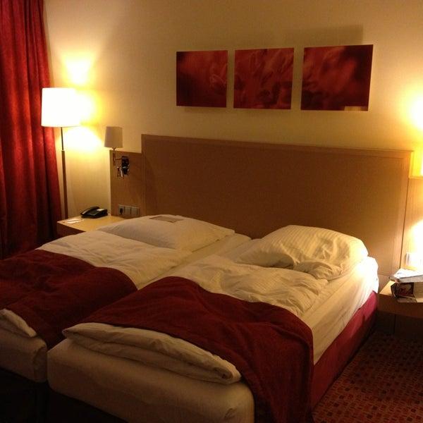 6/14/2013 tarihinde Franziska S.ziyaretçi tarafından Hotel Berlin'de çekilen fotoğraf